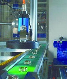Mechanical parts size measuring system